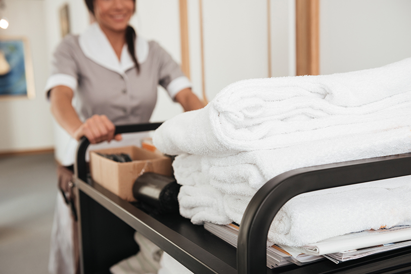 hotel worker - right of recall